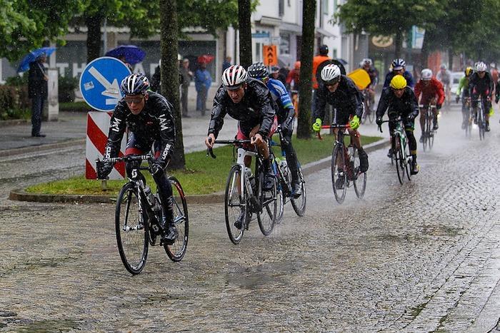 cycling-in-the-rain-1