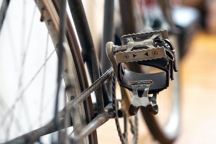 Best Toe Clip Pedals for Road Bikes
